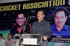 GCA President Chetan Desai addressing at the Annual prize distribution function