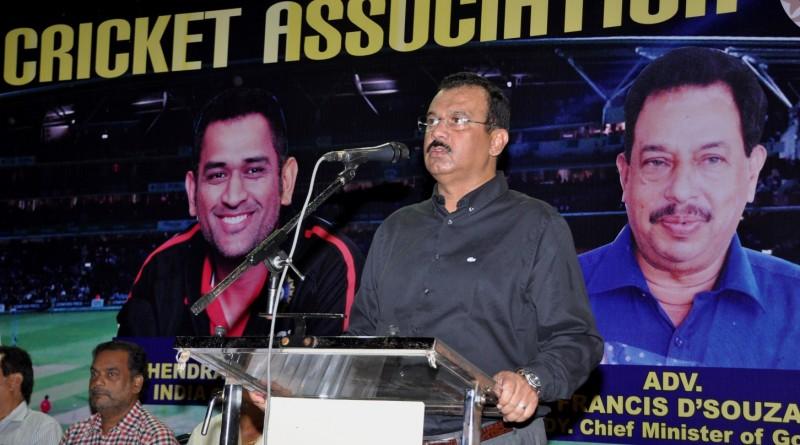 GCA President Chetan Desai addressing at the Annual prize distribution function