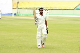 Snehal shows grit in transition to Ranji